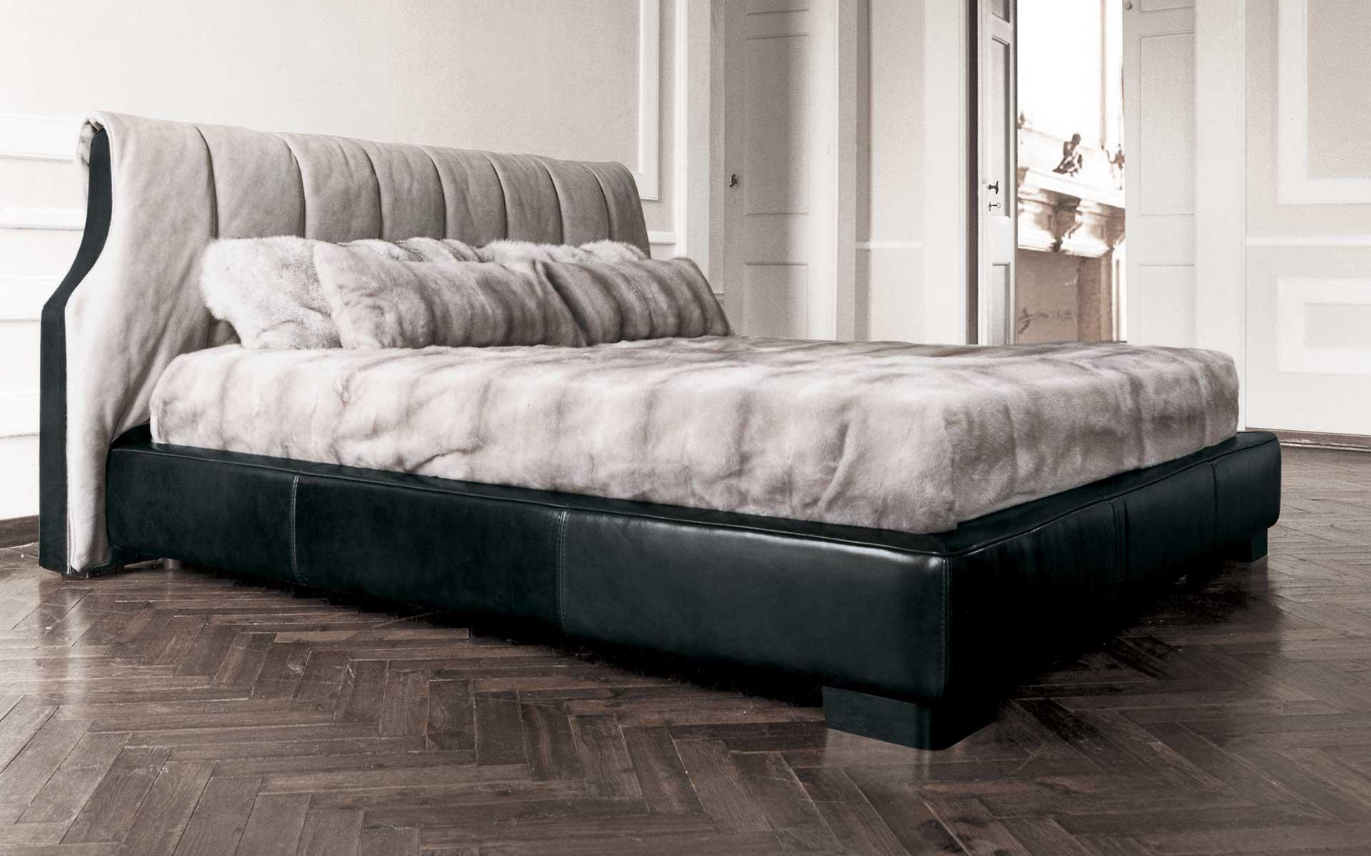 布艺沙发品牌_HUGO 床 意大利Baxter [ 海居汇 ] 进口家具代购 欧洲家具代购 海外 ...